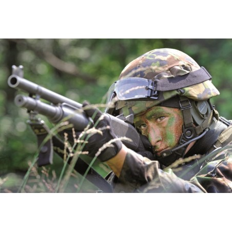 Postkarte: Grenadier mit Mzgw 91