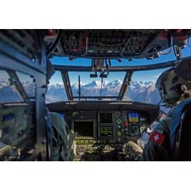 Im Cockpit des Cougar Helikopters